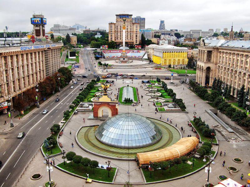 Площадь Независимости в Минске