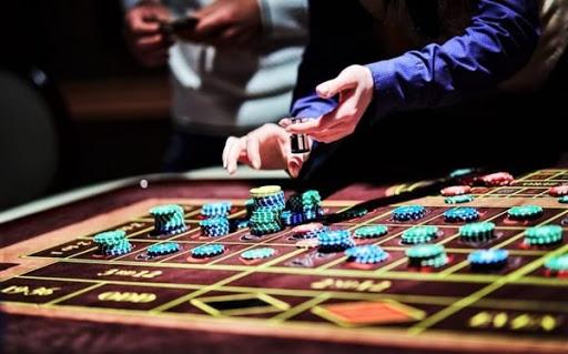 казино Адмирал покер